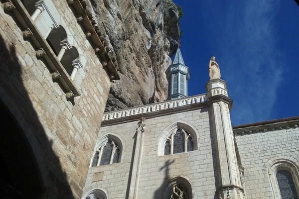 IN THE FOOTSTEPS OF CRO MAGNON: A PREHISTORIC ADVENTURE… - Dordoña y Burdeos - TOURS REGIONALES