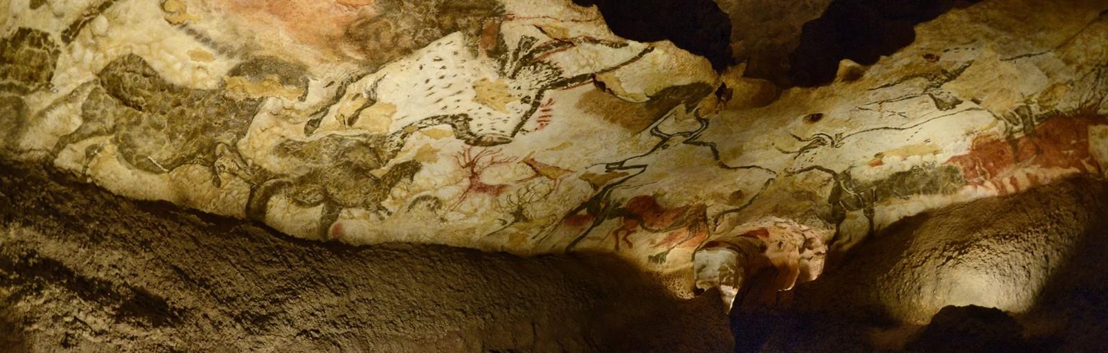 Tours IN THE FOOTSTEPS OF CRO MAGNON: A PREHISTORIC ADVENTURE… - Dordoña y Burdeos - TOURS REGIONALES