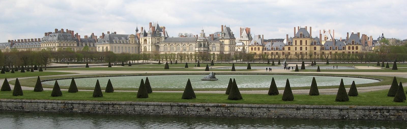 Tours Fontainebleau y Vaux-le-Vicomte - Días completos - Excursiones desde París