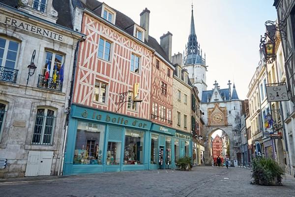 Yonne - Auxerre - viñedos - Chablis - Irancy - Rocher du Saussoi - Vézelay - peregrinación